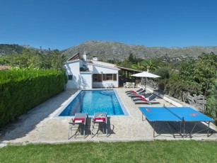 Enjoy in Villa March Close to the Old Town