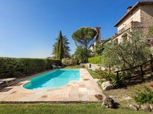 Condo in Castel San Gimignano with 1 bedrooms sleeps 3
