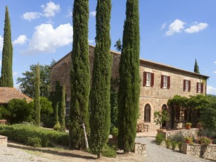 Beautiful Tuscan Villa with Large Pool, Stunning Views and Experienced Staff
