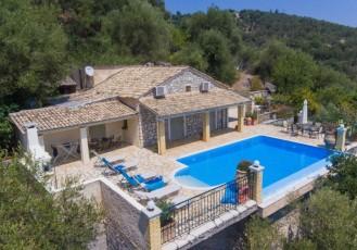 Villa Kefalaki - Villa With WIFI, A/C, Close To Beach, BBQ & Private Pool.