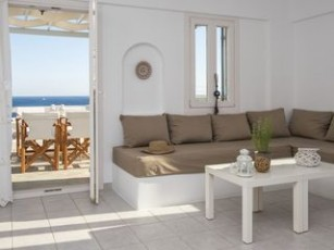 Zeus home, 50 metres from the beach, amazing view to the sea
