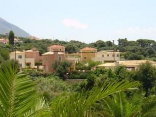 Villa Katerina - Villa With WIFI, A/C, Close To Beach, BBQ & Private Pool.