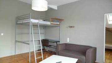 In shared apartmentT2, Hyper center