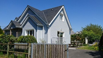 Normandy in this house with 3 bedrooms, closed garden, accessible to people with disabilities