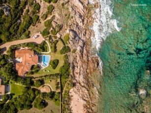 Villa near the beach, private swimmimg pool, big garden