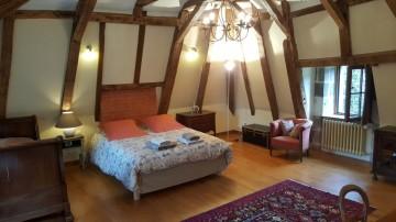Chambres D'hôtes du Chateau de Noalhac  :  Guest Rooms at the Chateau de Noalhac